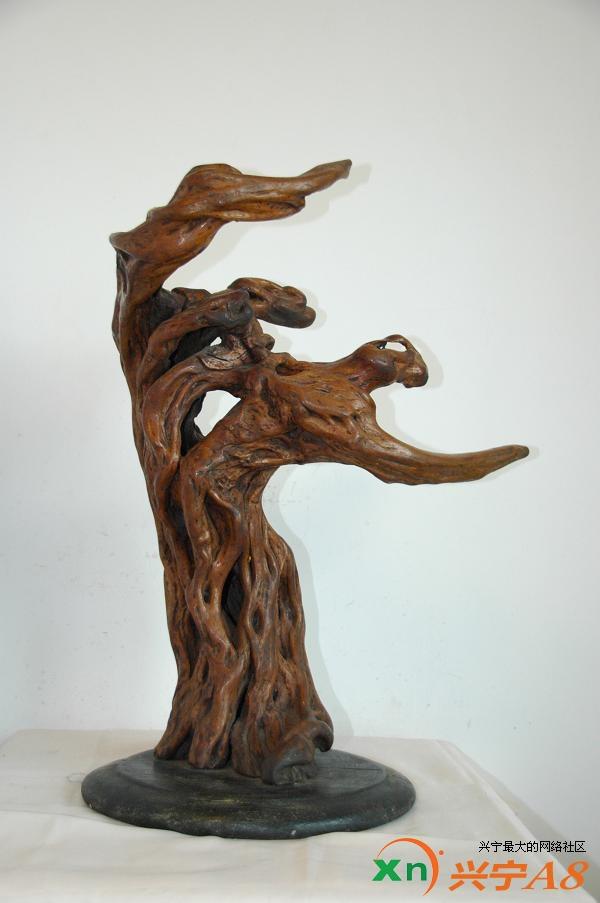 根雕用材必须选择材质坚硬